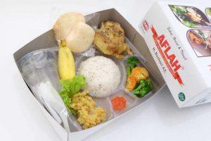 gambar nasi box harga 15 ribu